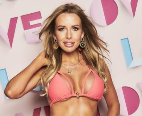 How old is Faye Winter from Love Island 2021?